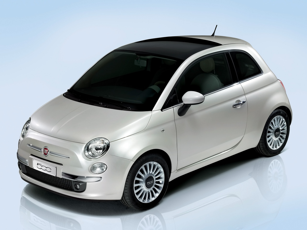 2008 Fiat 500 Wallpaper For Iphone