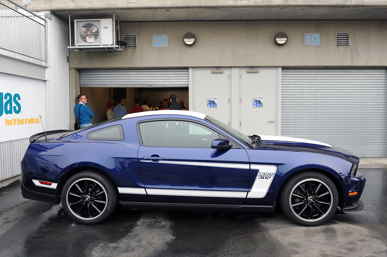 2012 Ford Mustang Background Images Free
