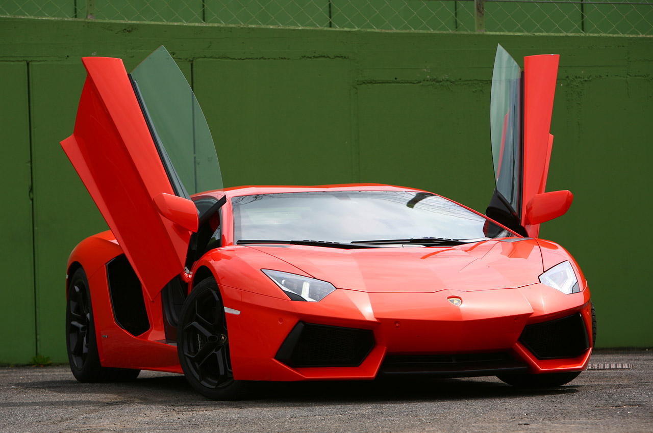 2012 Lamborghini Aventador LP700-4 Wallpaper For Computer