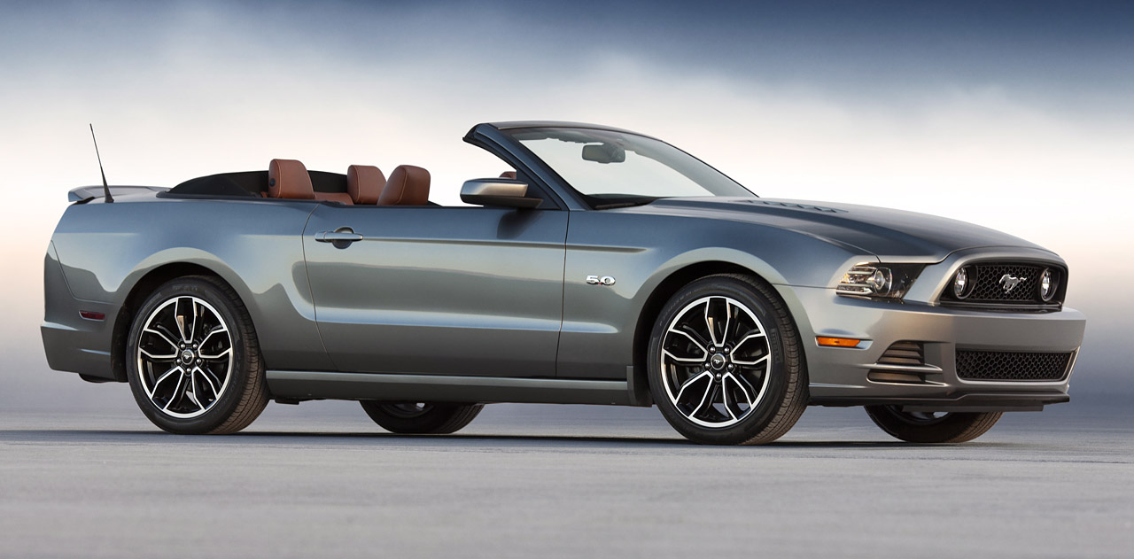 2013 Ford Mustang GT Wallpaper Free For Phone