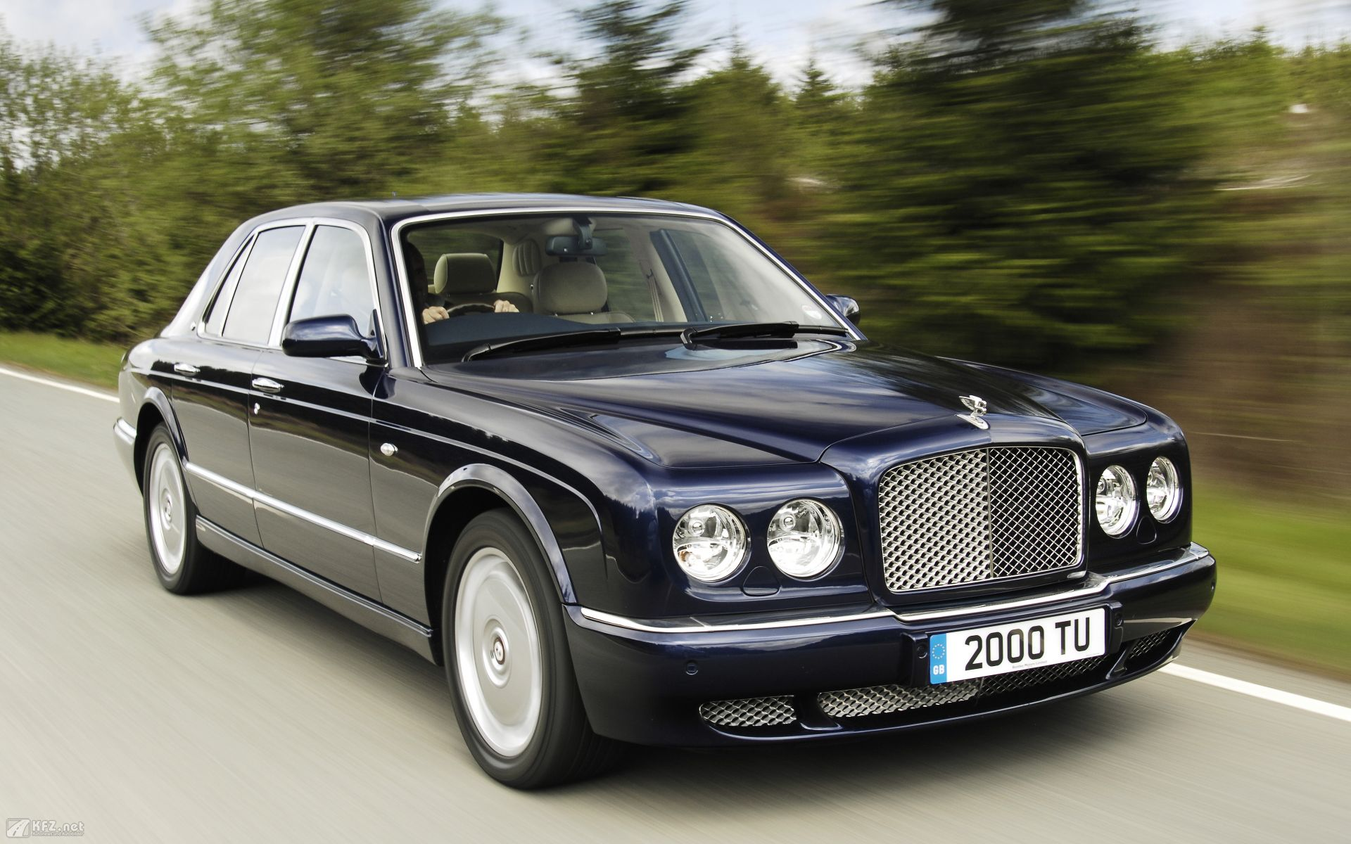 Bentley Arnage Free Wallpaper For Desktop