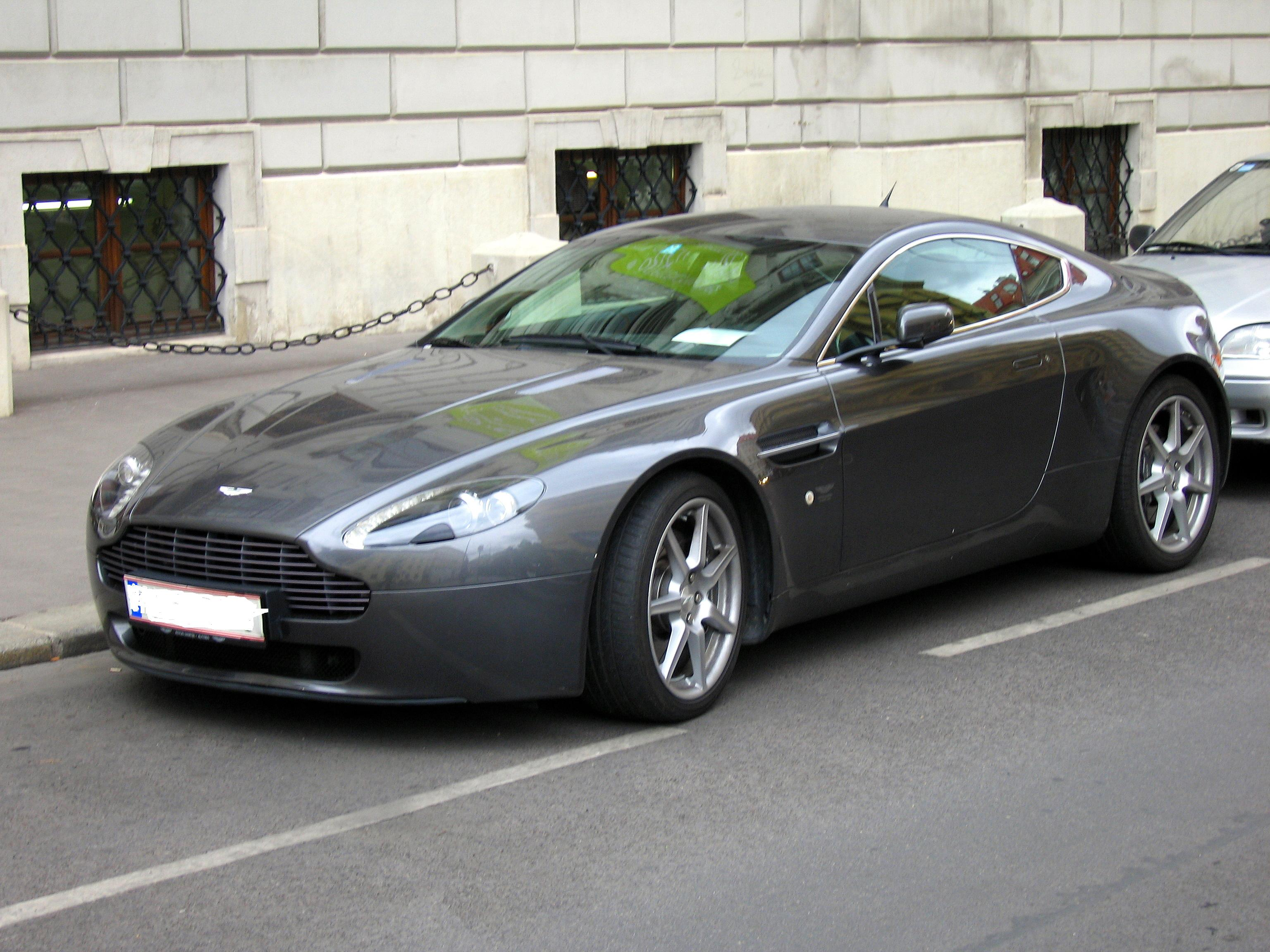 Aston Martin Vantage V8 Free Wallpaper For Android