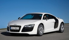 Audi R8 V10 5.2 FSI Quattro 2010 Desktop Backgrounds Free