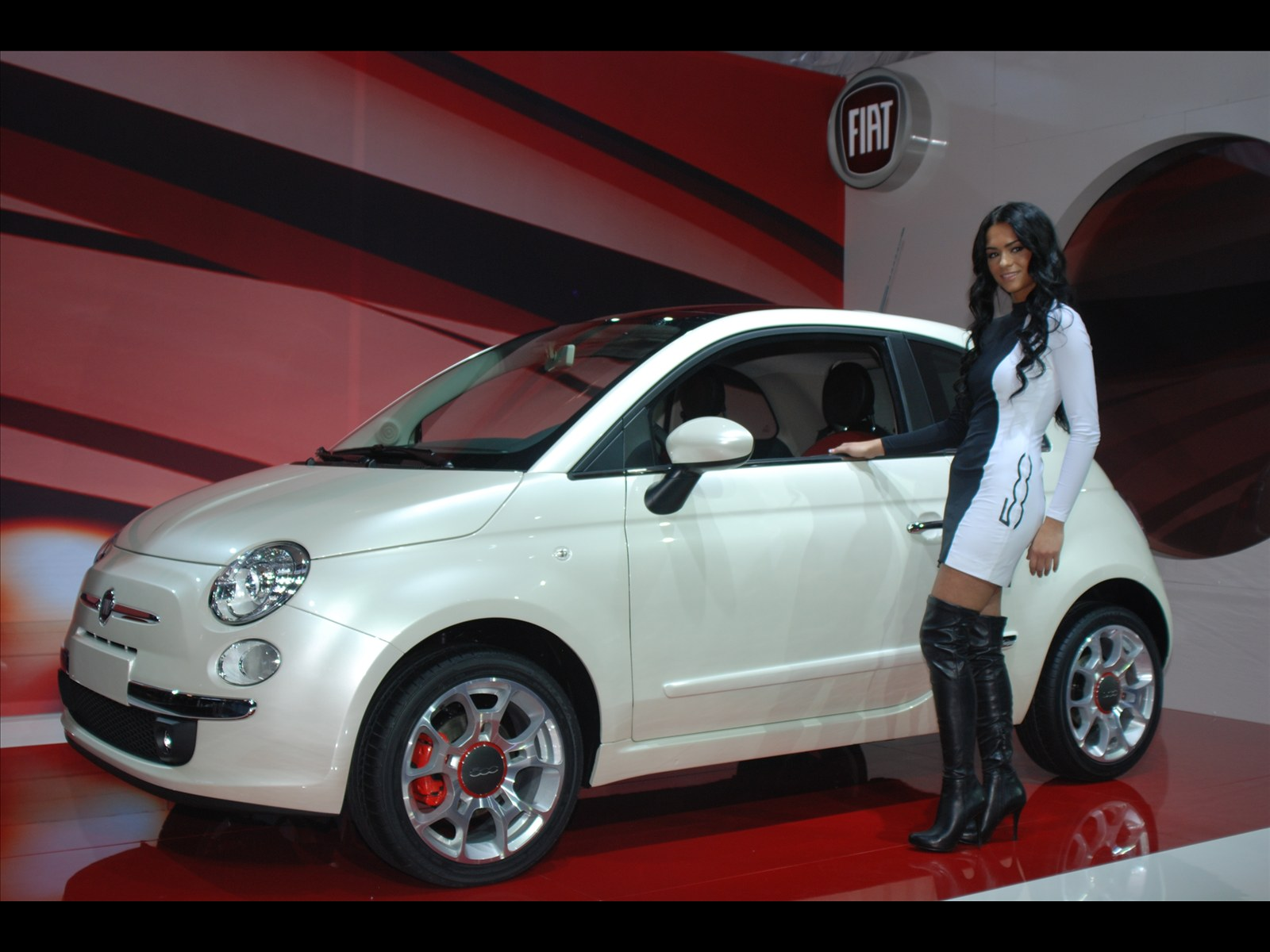 Fiat 500 Sport Wallpaper HD For Android