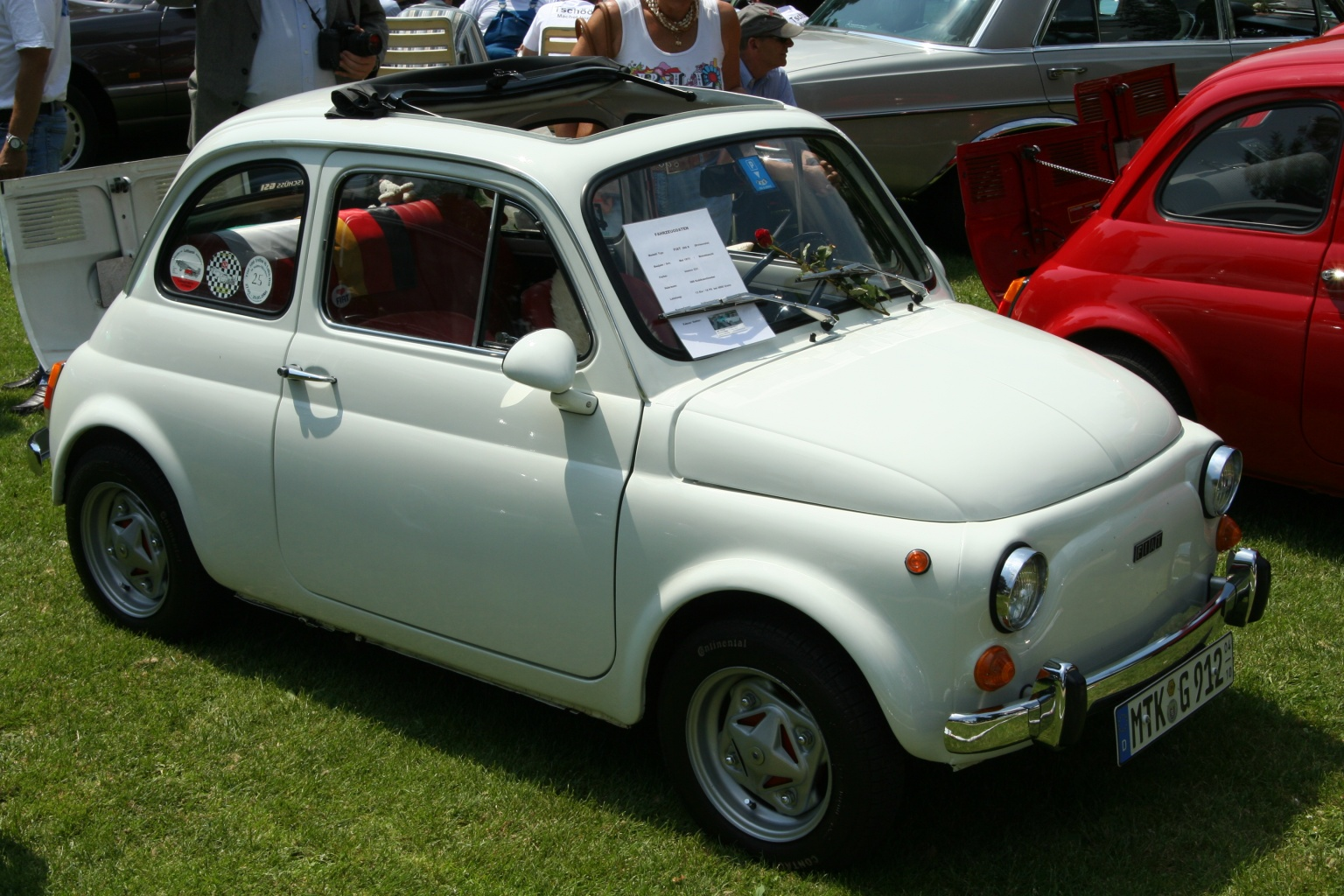 Fiat 500 Background For Free