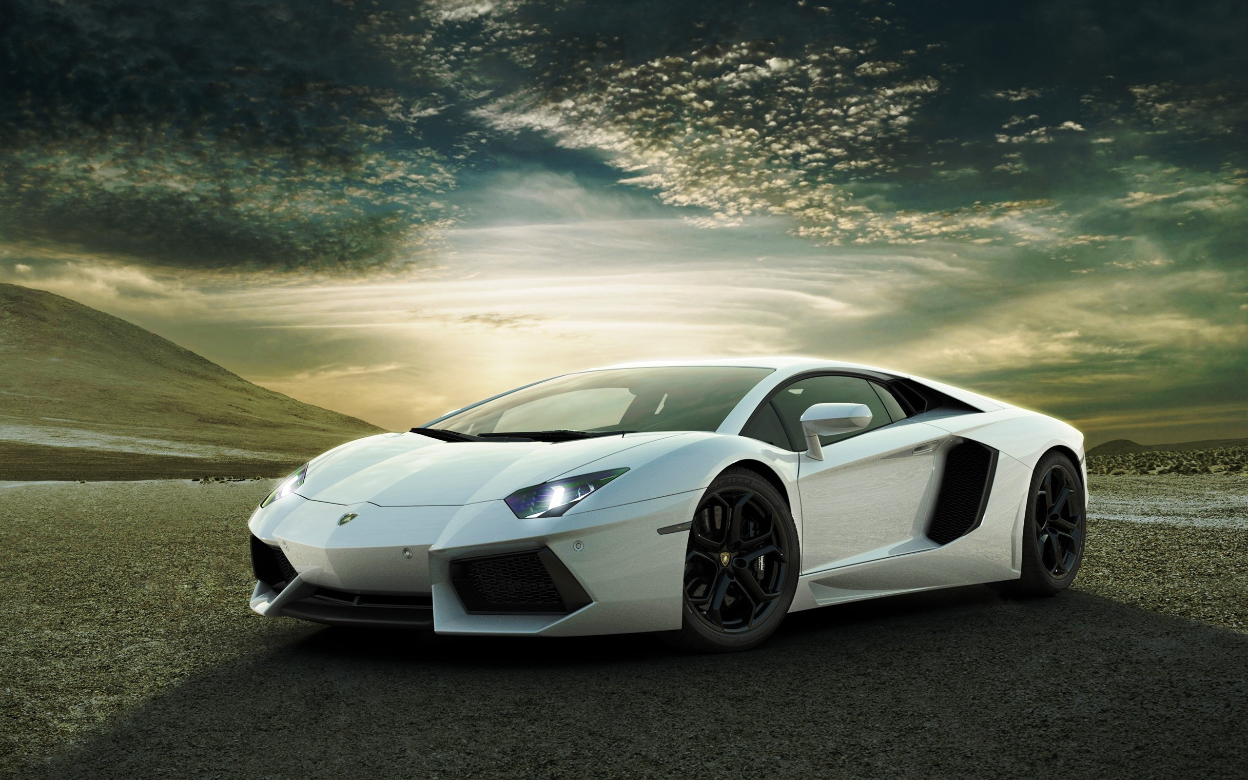 White Lamborghini Aventador Wallpaper Free For Windows
