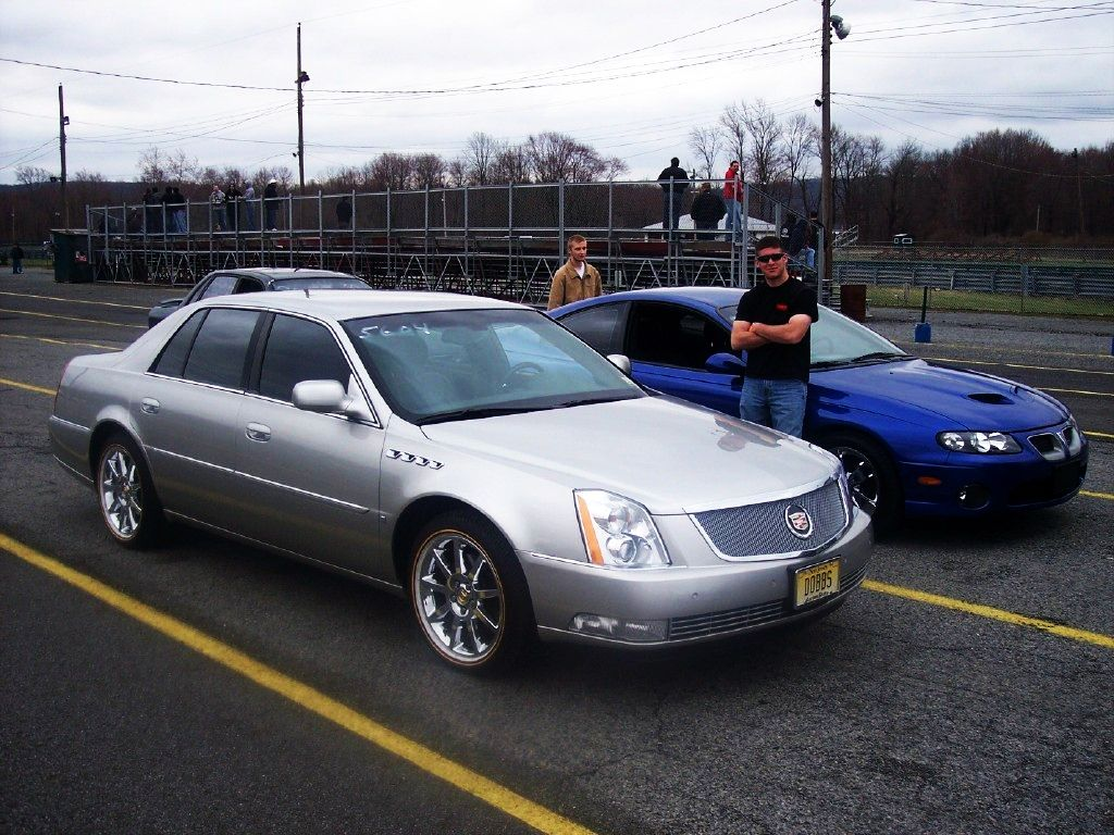 2007 Cadillac DTS 1/4 mile Drag Racing Timeslip Specs Wallpaper For Ipad