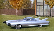 1959 Cadillac Cyclone Concept lawn Wallpaper For Android