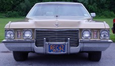 1972 Cadillac Sedan DeVille PO Front Wallpapers Background