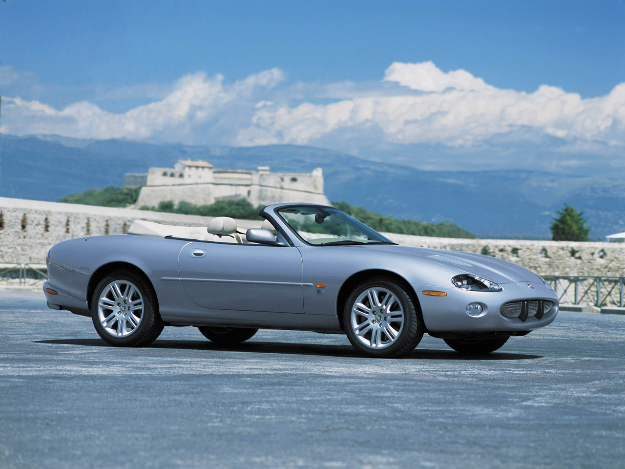 2003 Jaguar XKR Convertible Silver Sideview High Resolution Wallpaper Free