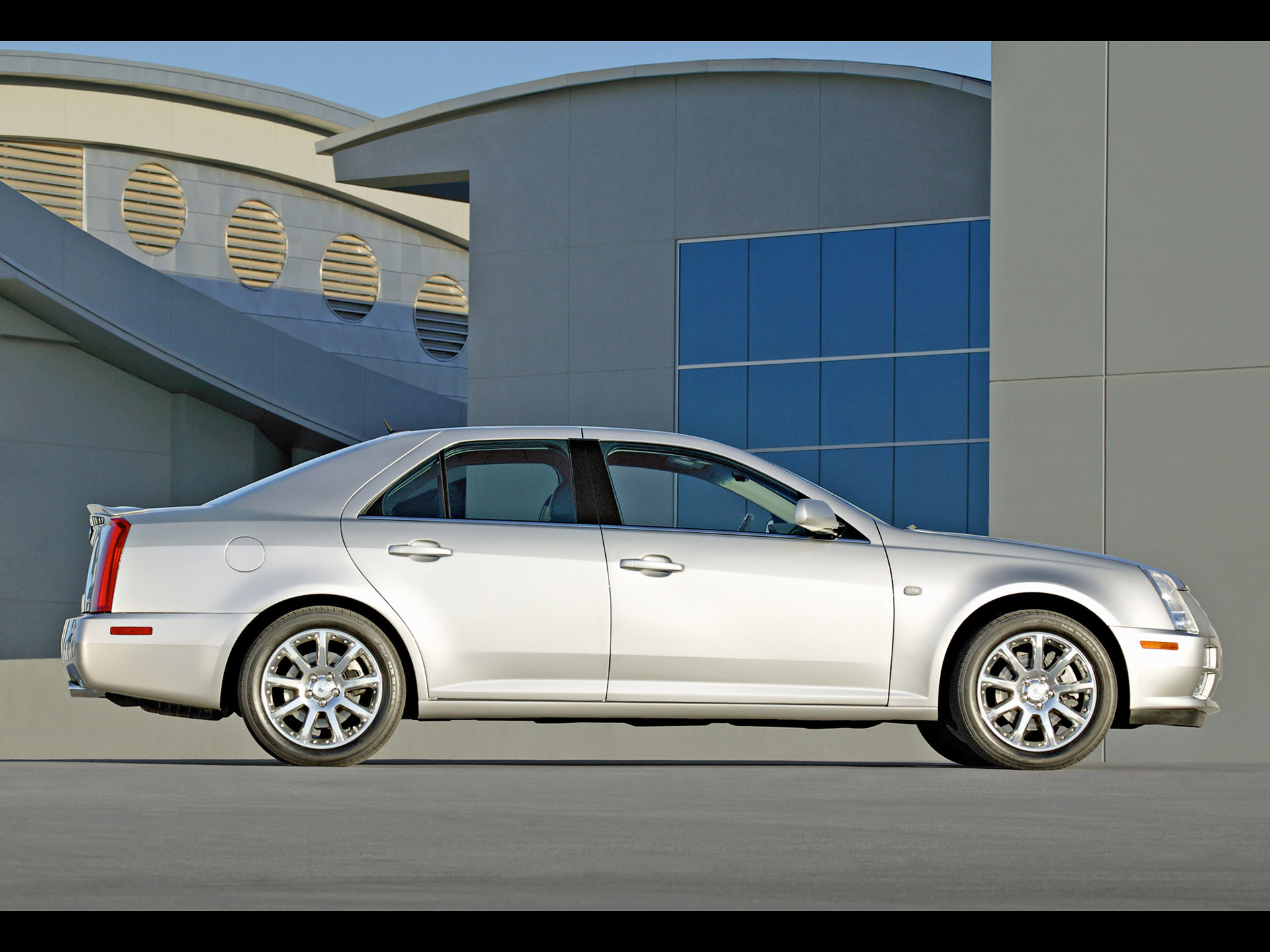 2005 Cadillac STS Side Wallpaper Background Wallpaper