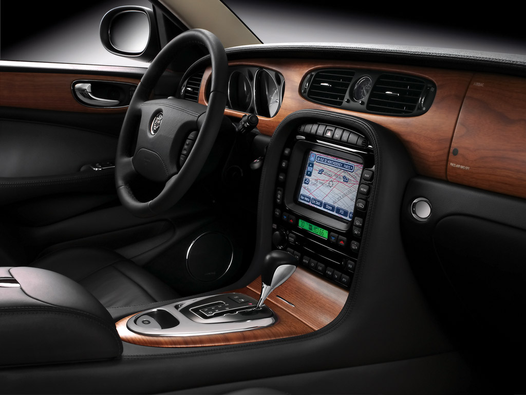 Jaguar Super V8 Portfolio Interior Pictures Wallpaper For Phone
