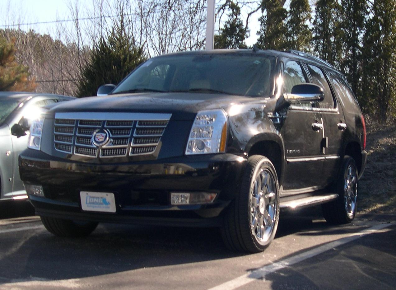2007 Cadillac Escalade front Wallpaper For Android