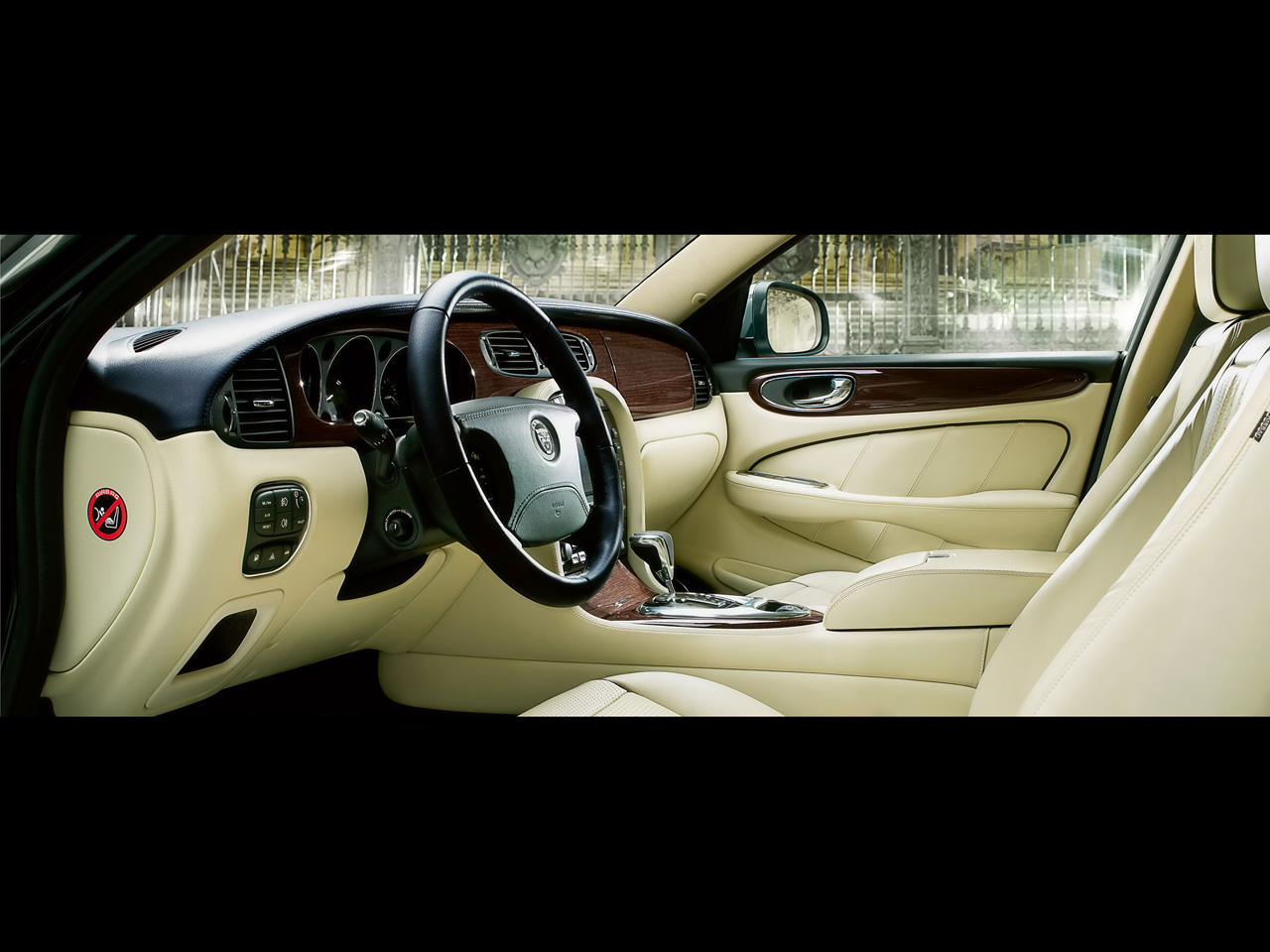 2009 Jaguar XJ Portfolio Interior Wallpaper Free For Tablet