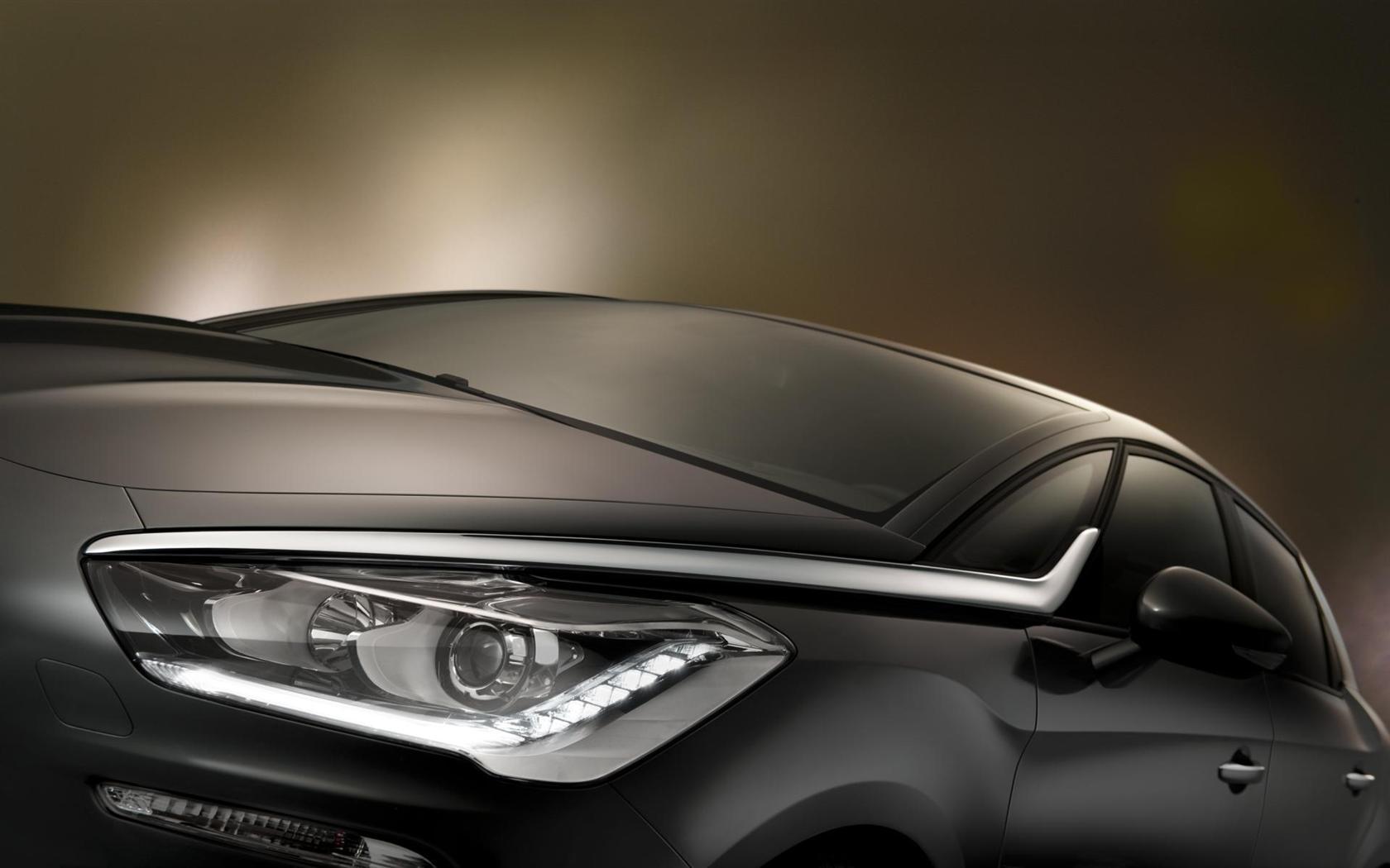 2012 Citroen DS5 Hatchback Image Wallpaper For Ipad