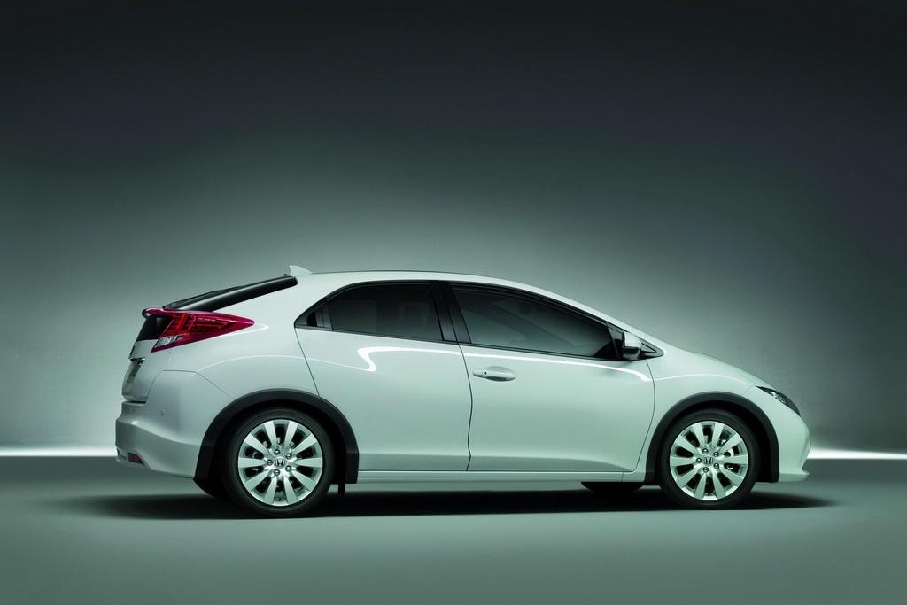 2012 Honda Civic Hatchback Photo Wallpaper For Ipad