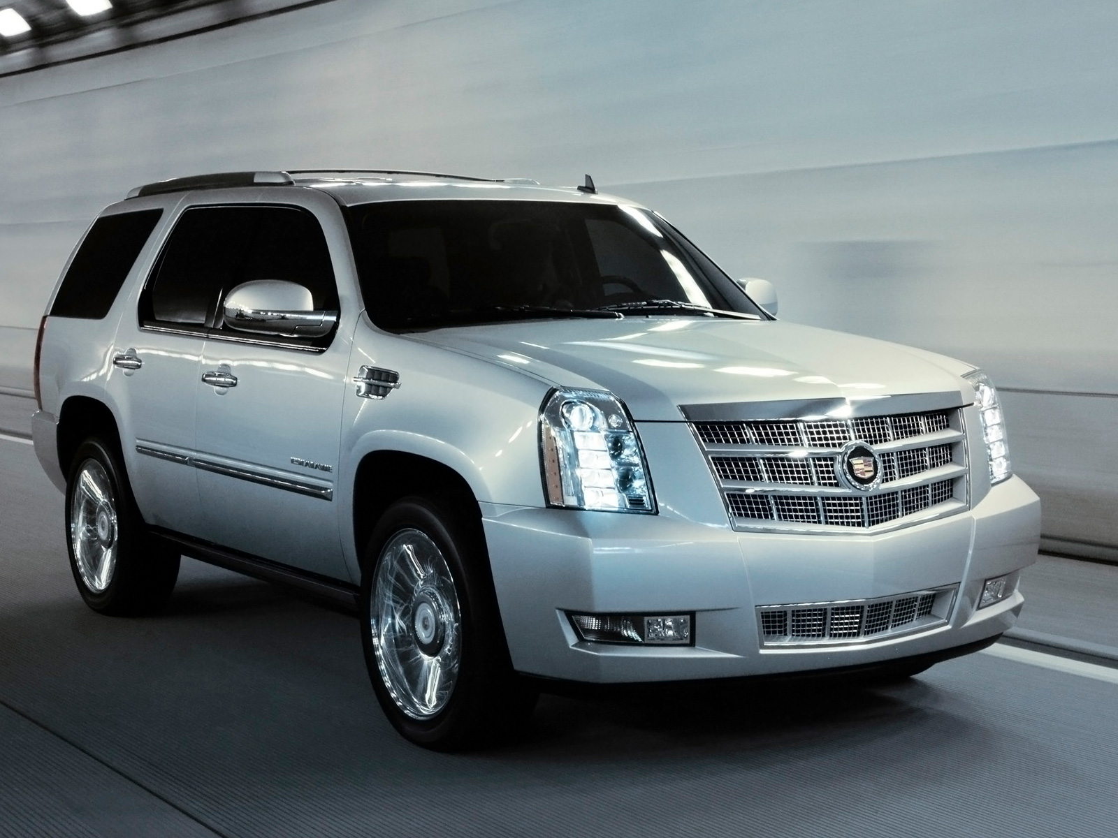 2013 Cadillac Escalade Front Side Wallpaper HD For Android