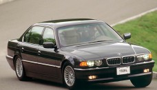 BMW 750iL Wallpaper For Iphone