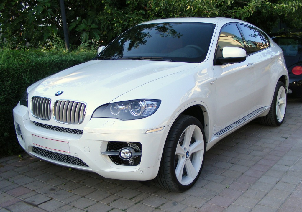 BMW X6 Front Wallpapers For Ipad