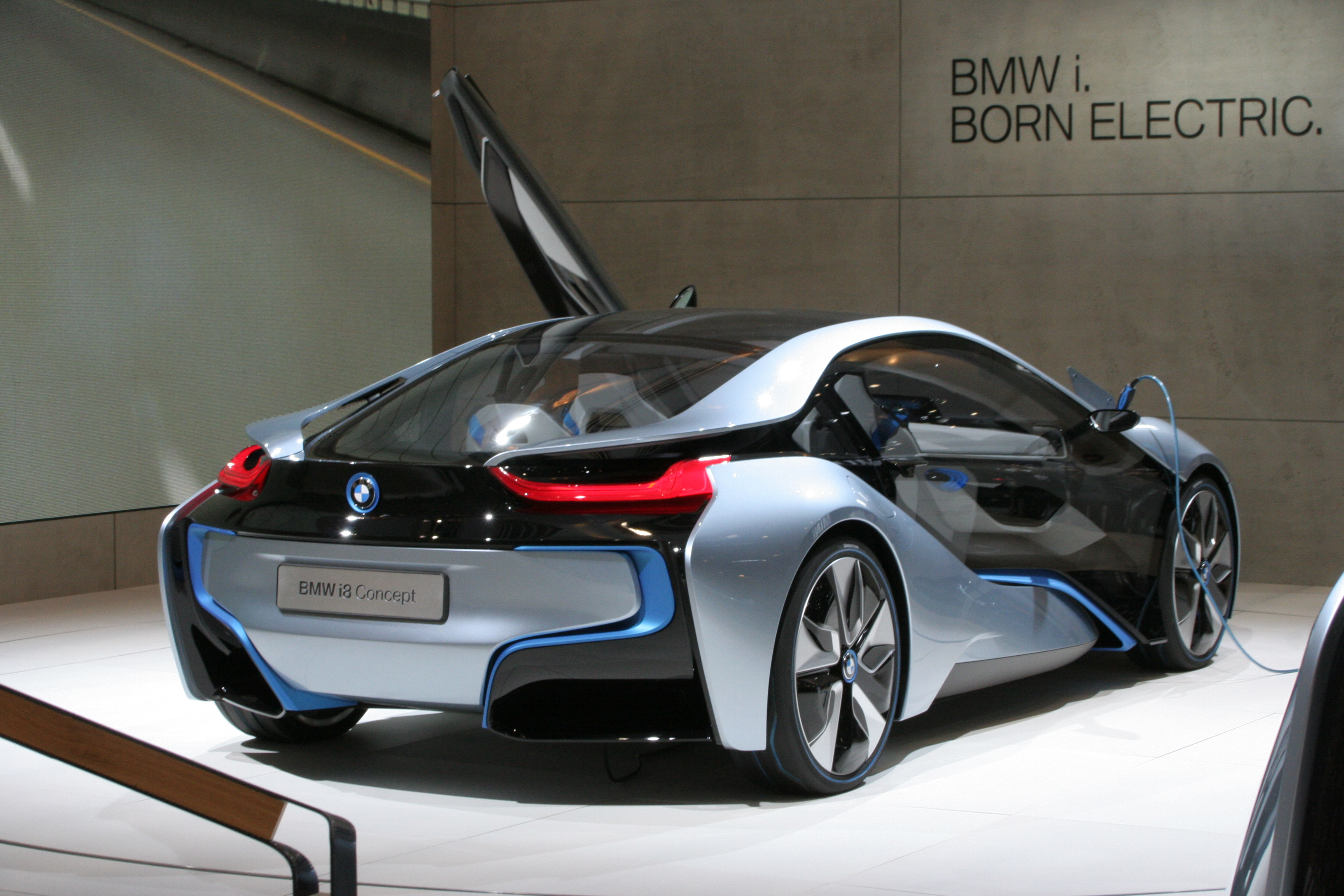 BMW i8 Concept Rear Wallpaper For Android