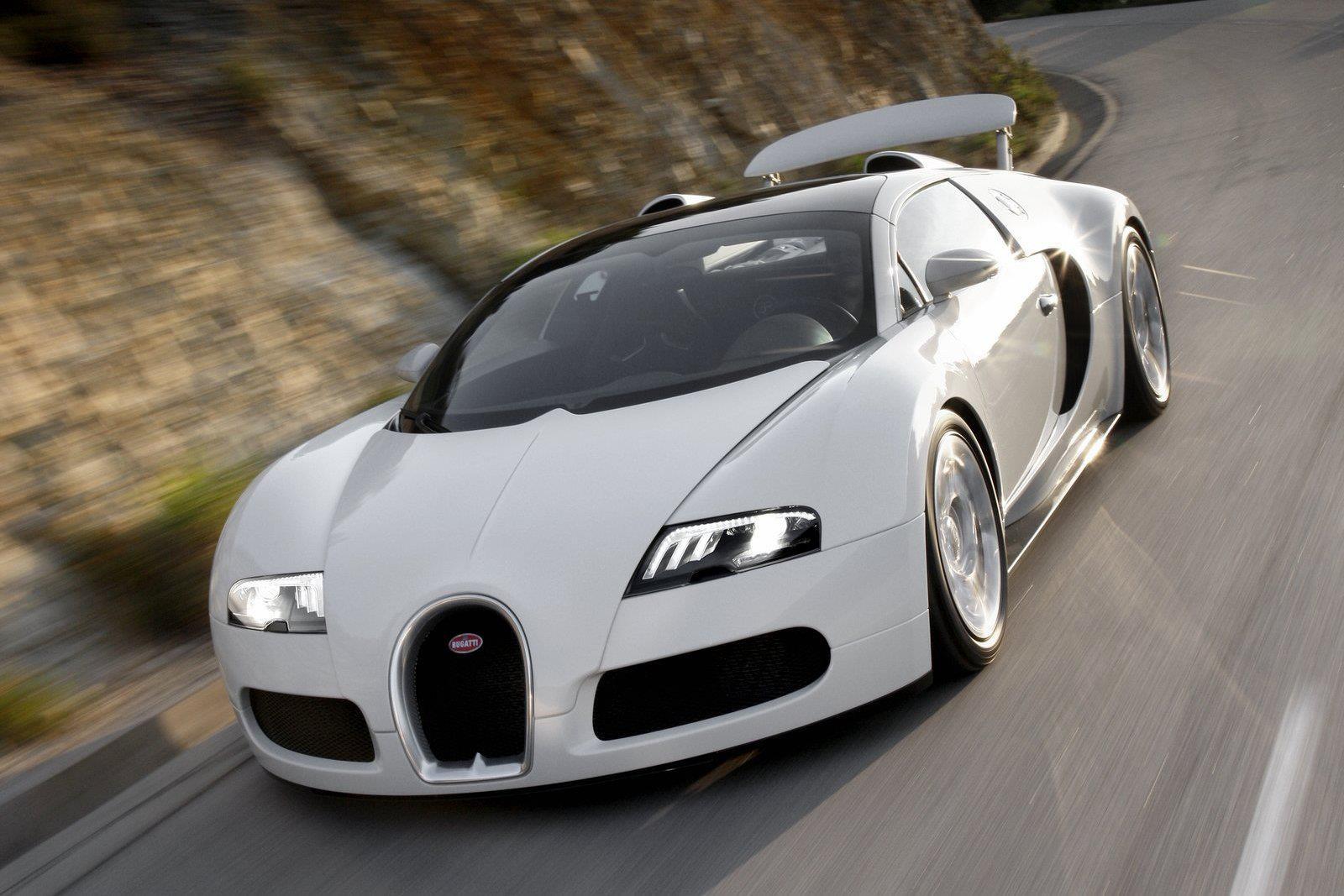 Bugatti Veyron 16.4 Grand Sport Auto Show Wallpaper Desktop Download