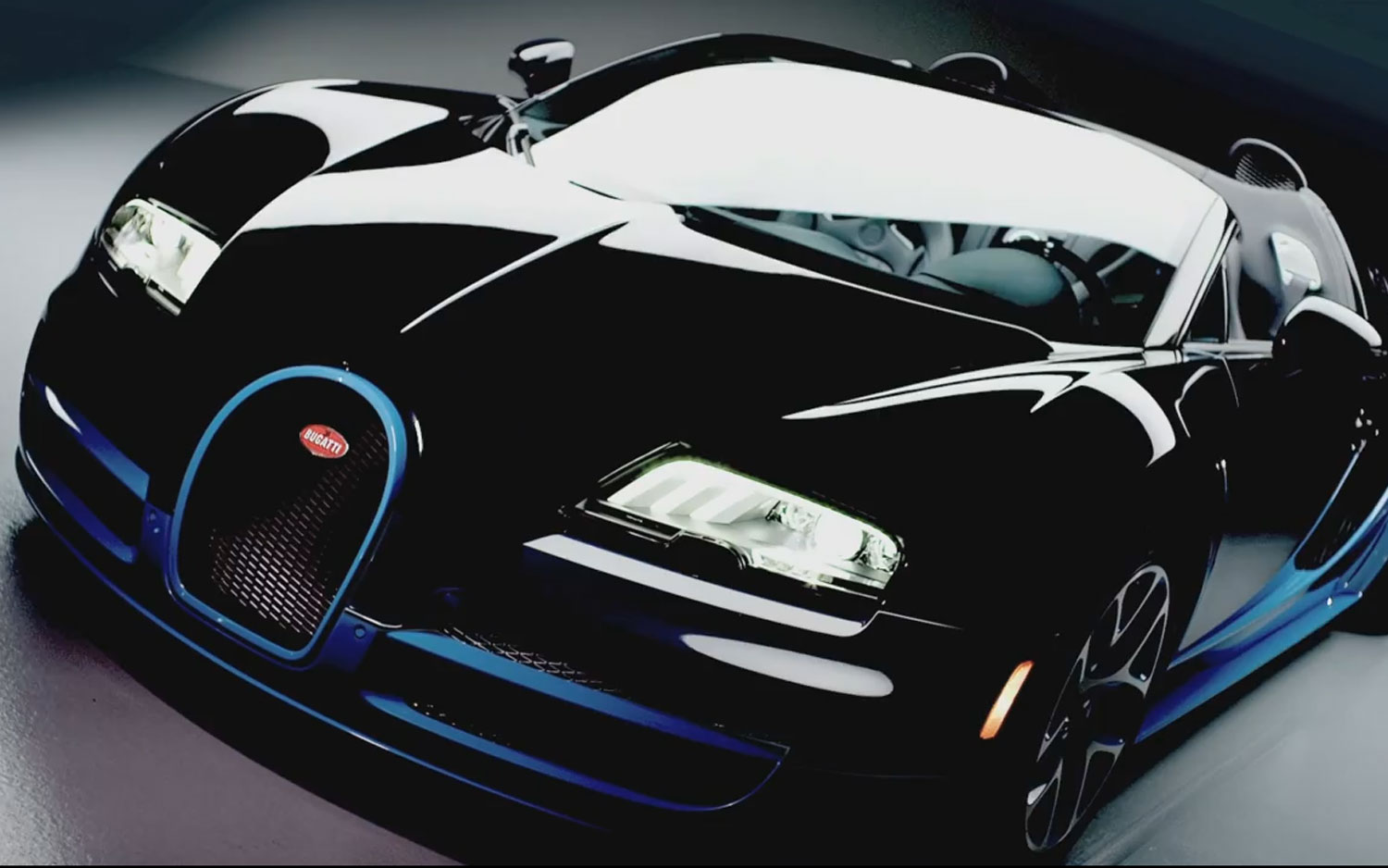 Bugatti Veyron Grand Sport Vitesse Front Three Quarter View Photo Wallpapers For Ios