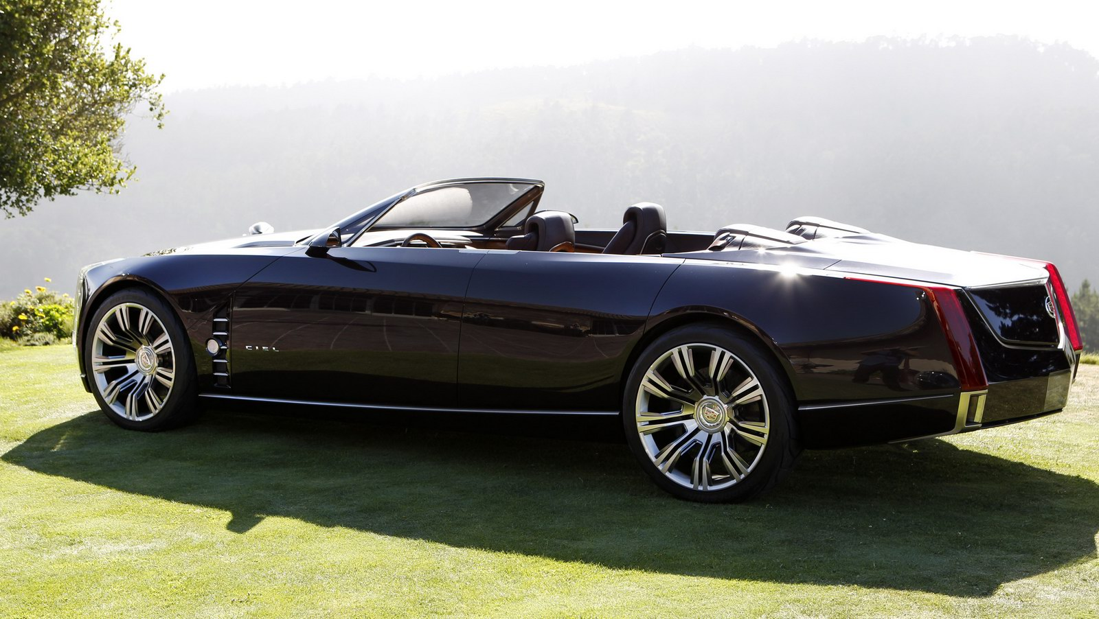 Cadillac Ciel Concept 4-door Convertible Wows Pebble Beach Crowd Wallpaper Download