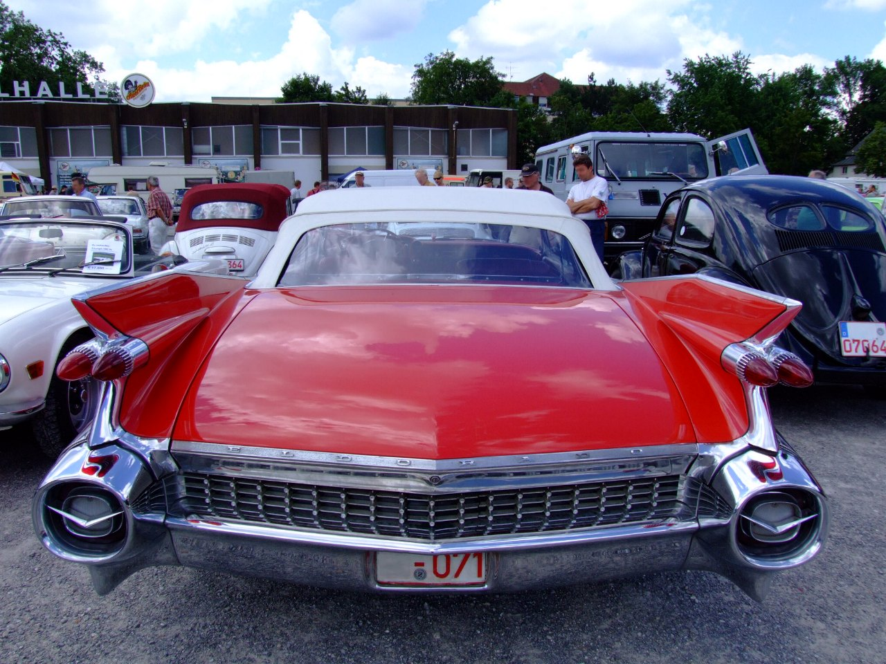 Description Cadillac Eldorado 3 Wallpaper HD For Iphone