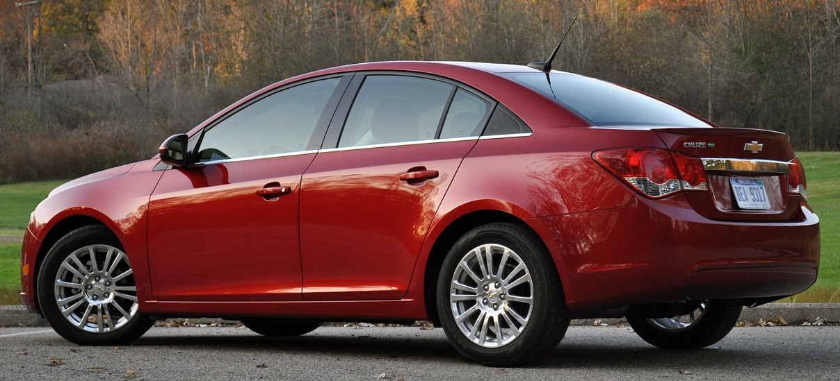 Chevrolet Cruze Sedan Wallpapers Backgrounds