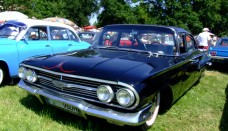 Chevrolet Impala 1960 Wallpaper For Ipad