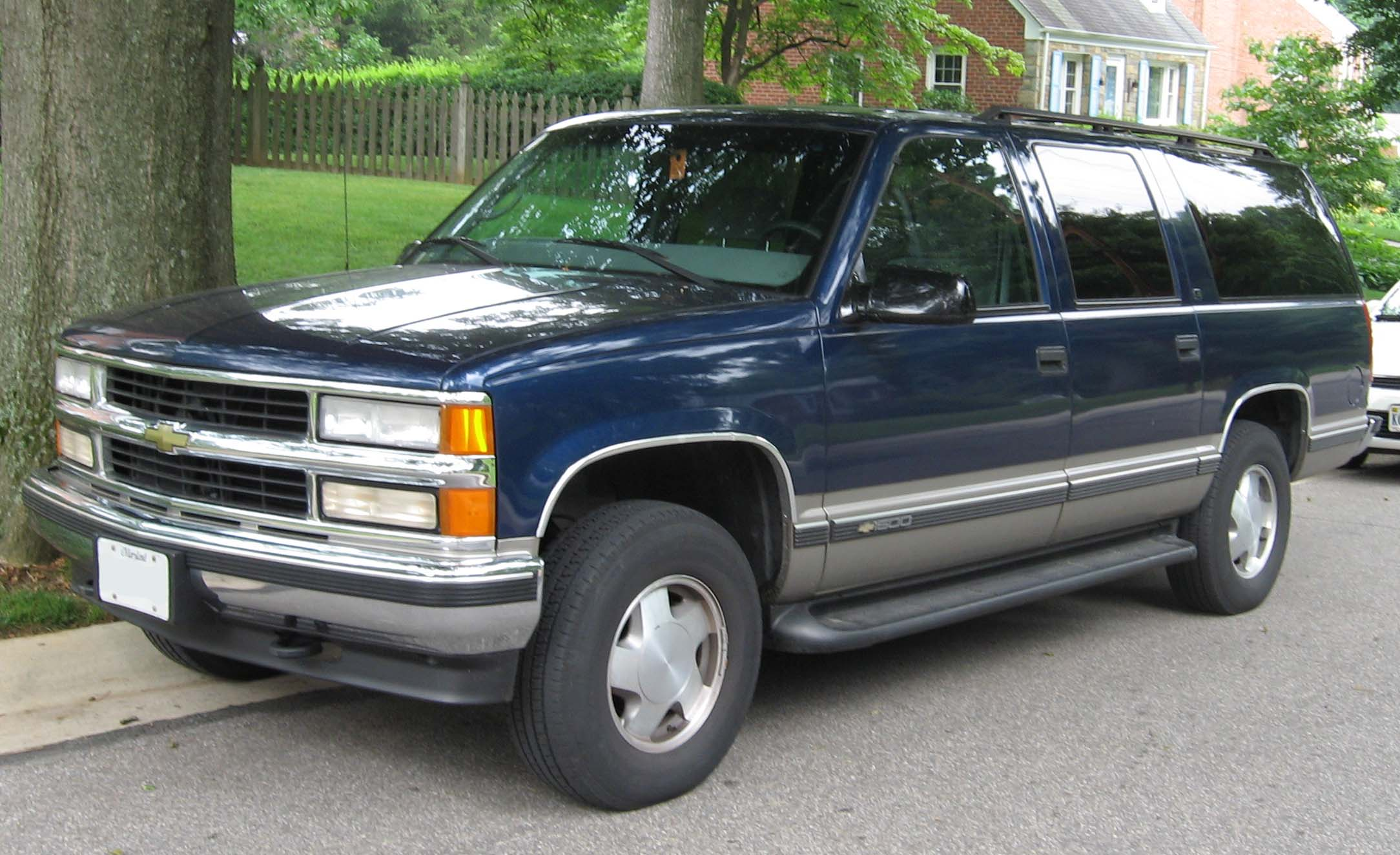 Chevrolet Suburban GMT400 Free Download Image Of