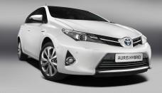 New Toyota Auris Hybrid Front Quarter Wallpaper Download