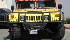 Outback Steakhouse Hummer H1 Front Wallpapers Download
