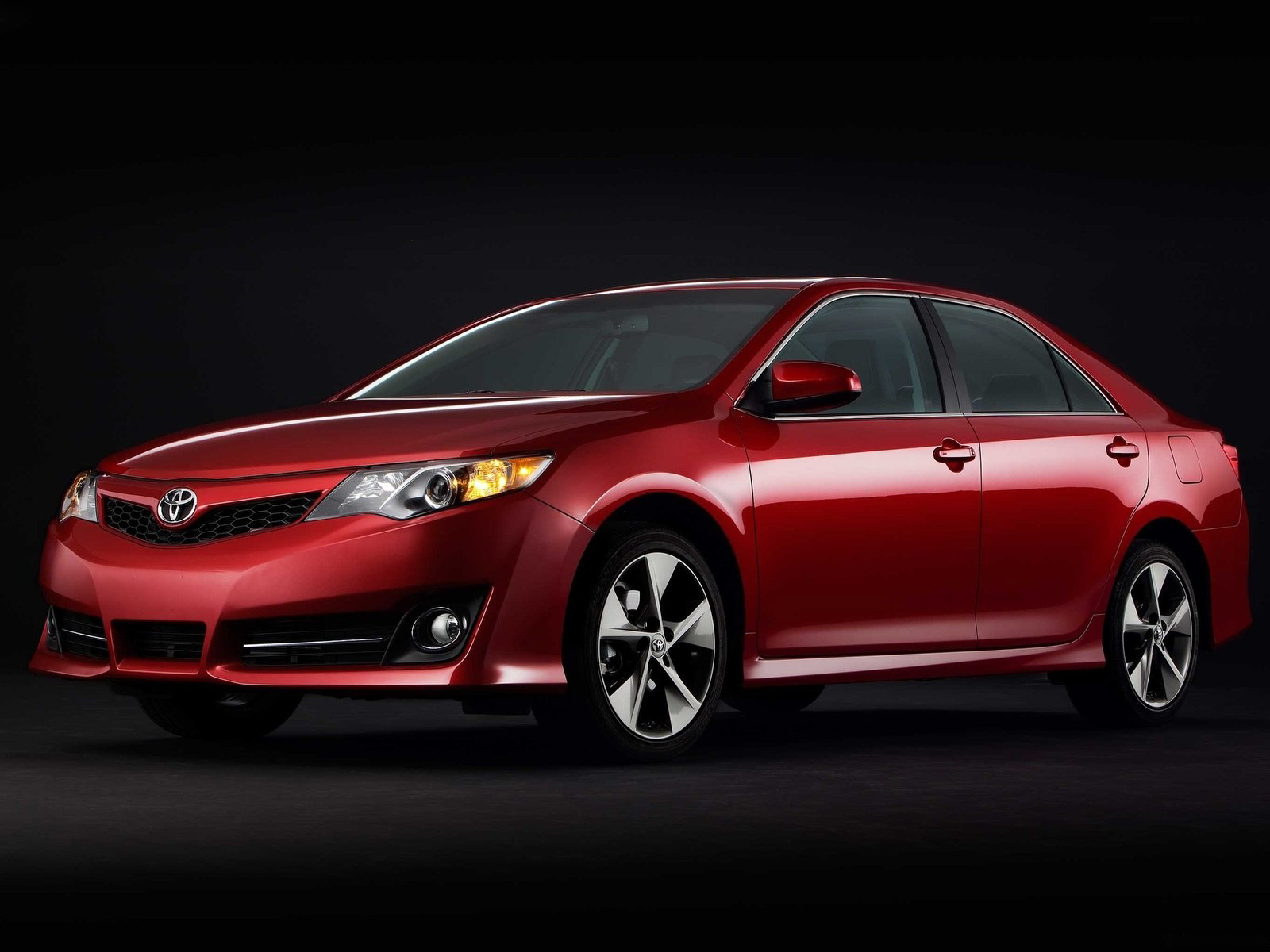 Toyota Camry 2012 Wallpapers HD