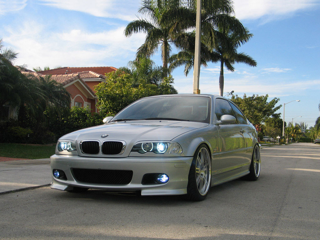 BMW 325 Information Wallpaper For Android