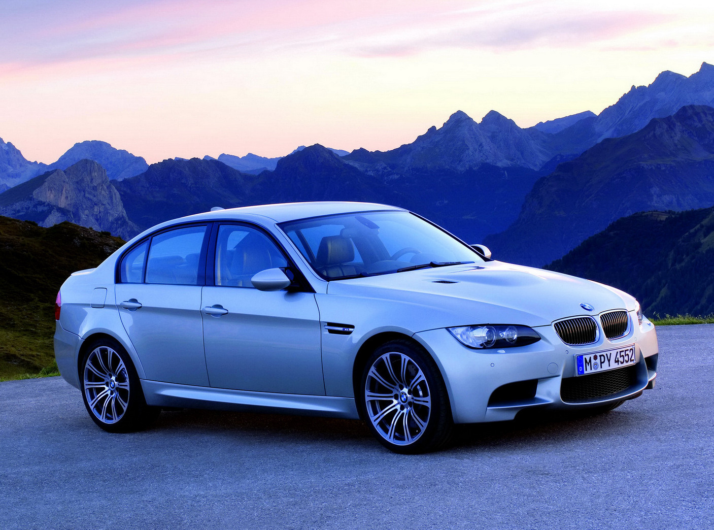 BMW M3 Car Specifications Wallpaper Backgrounds