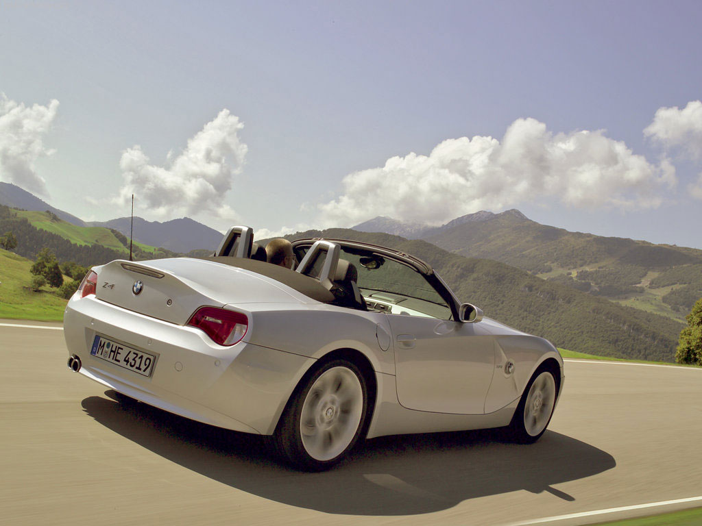 BMW Z4 2012 Wallpapers For Ipad