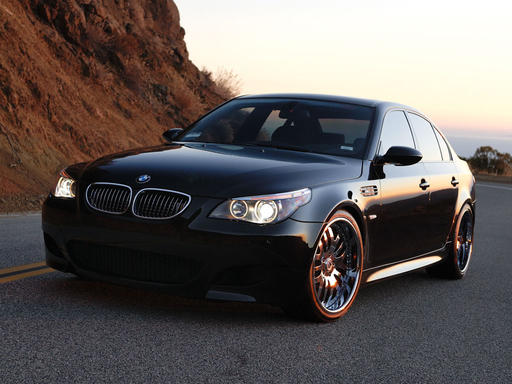 BMW M5 Twin Turbo Wallpaper For Iphone