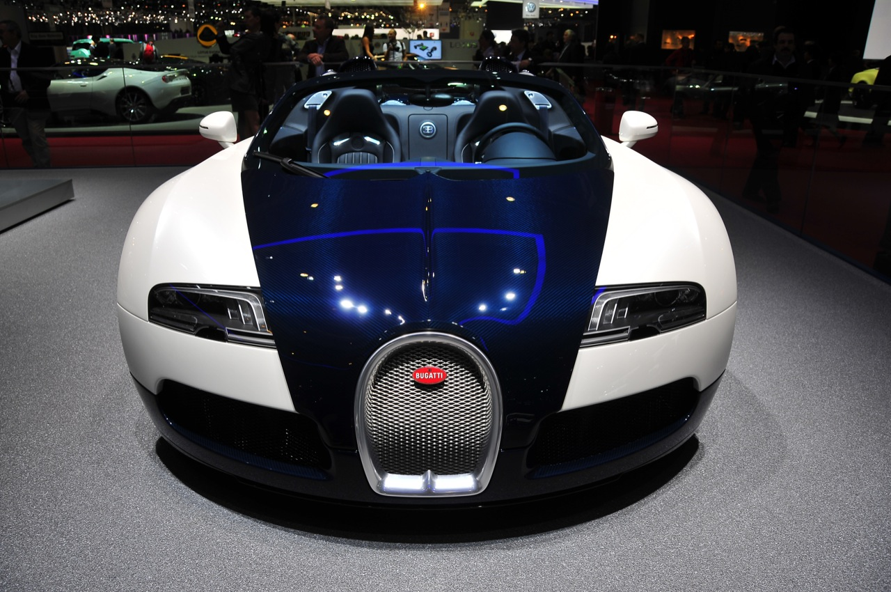 Bugatti Grand Sport HQ Wallpapers Download