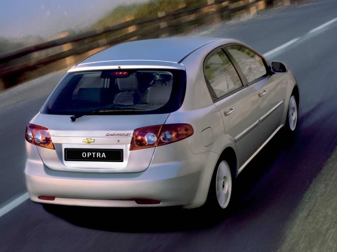 Chevrolet Optra Hatchback Desktop Backgrounds