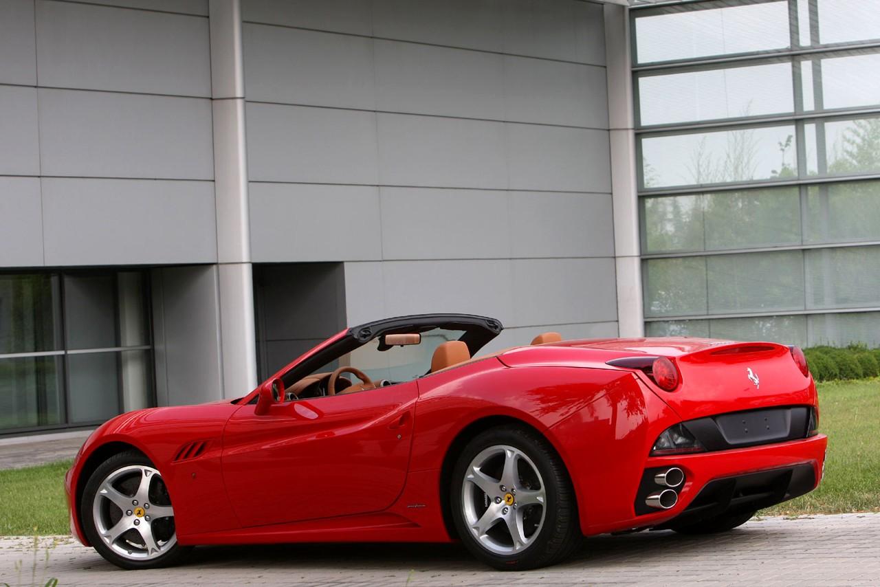Ferrari California Con Cambio Manual World Cars Wallpaper For Ipad