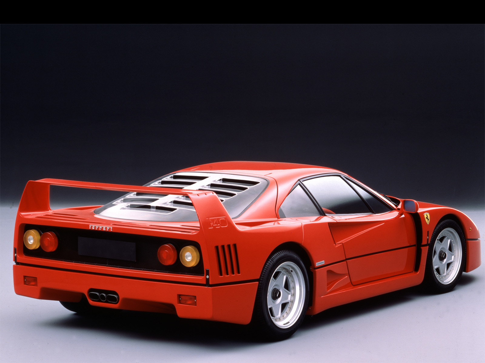 Ferrari F40 HR Manu World Cars Desktop Background