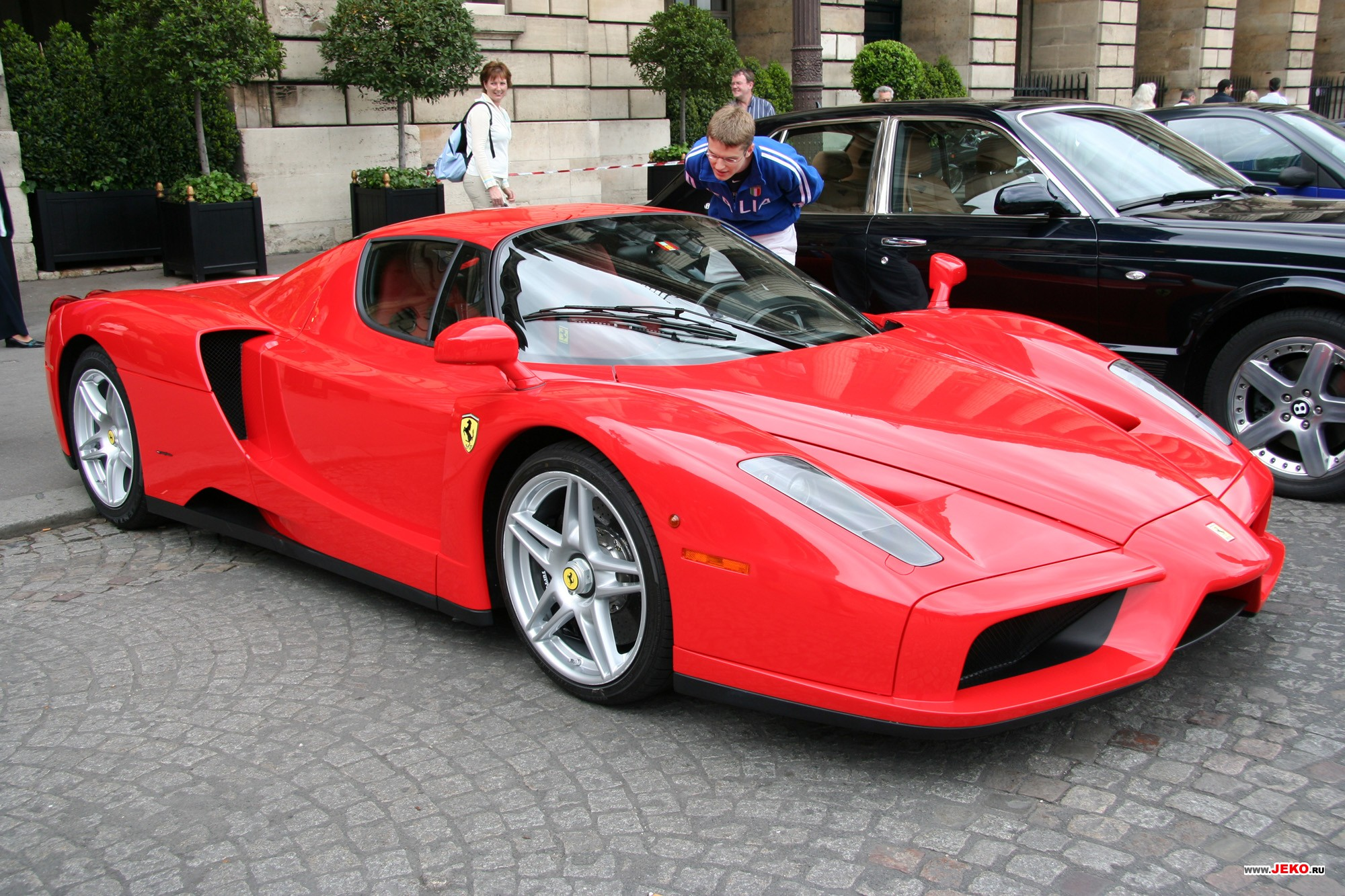 Hot Wallpapers Ferrari Enzo World Cars Wallpaper For Desktop