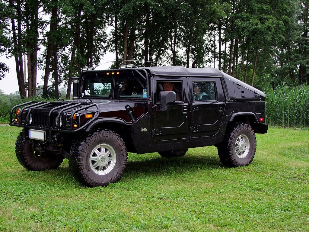 HUMMER H1 Bj 1980 will bei der Wadholz Classic Wallpapers Download