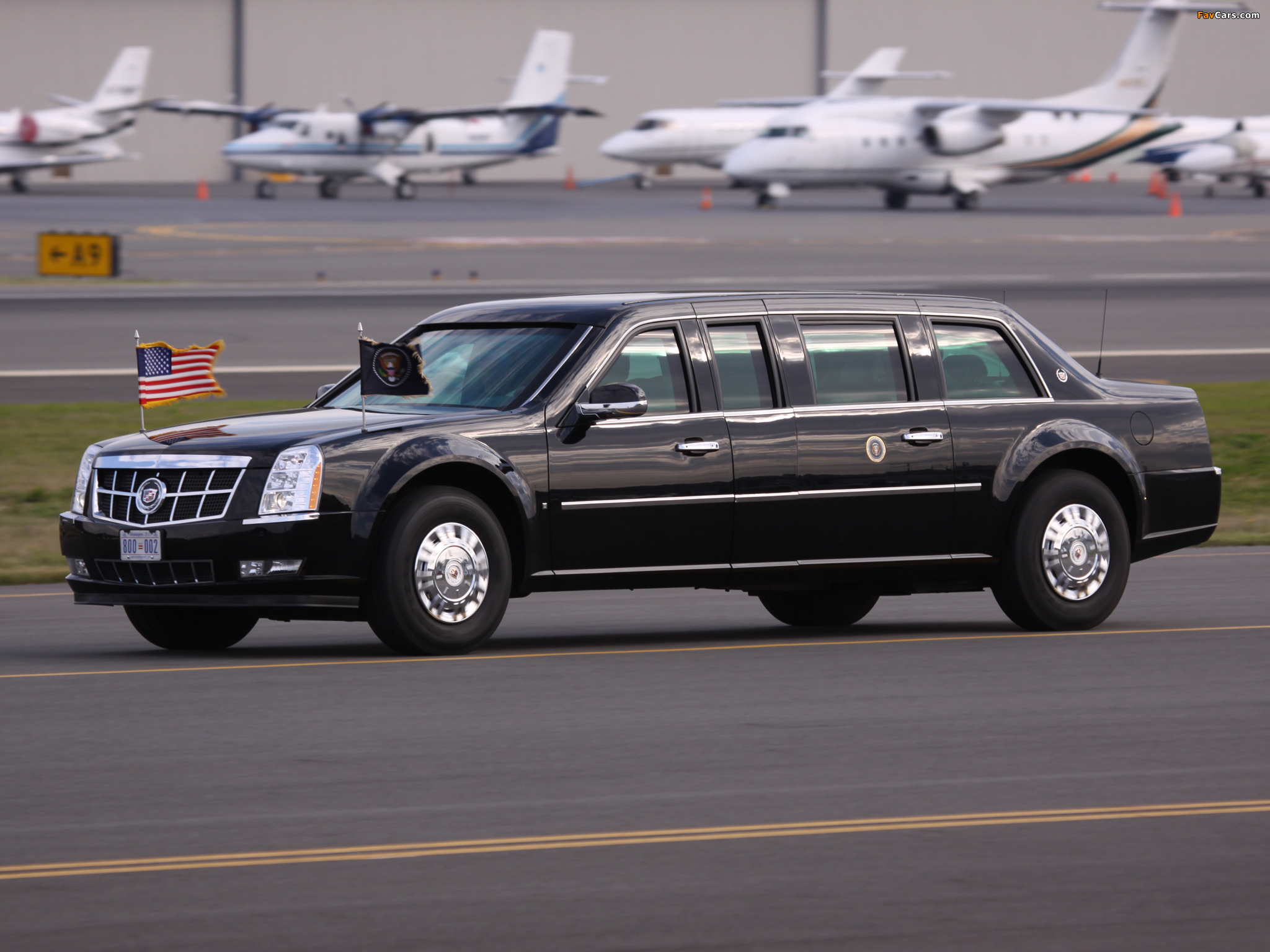 Wallpapers of Cadillac Presidential State Car Wallpaper HD For Iphone