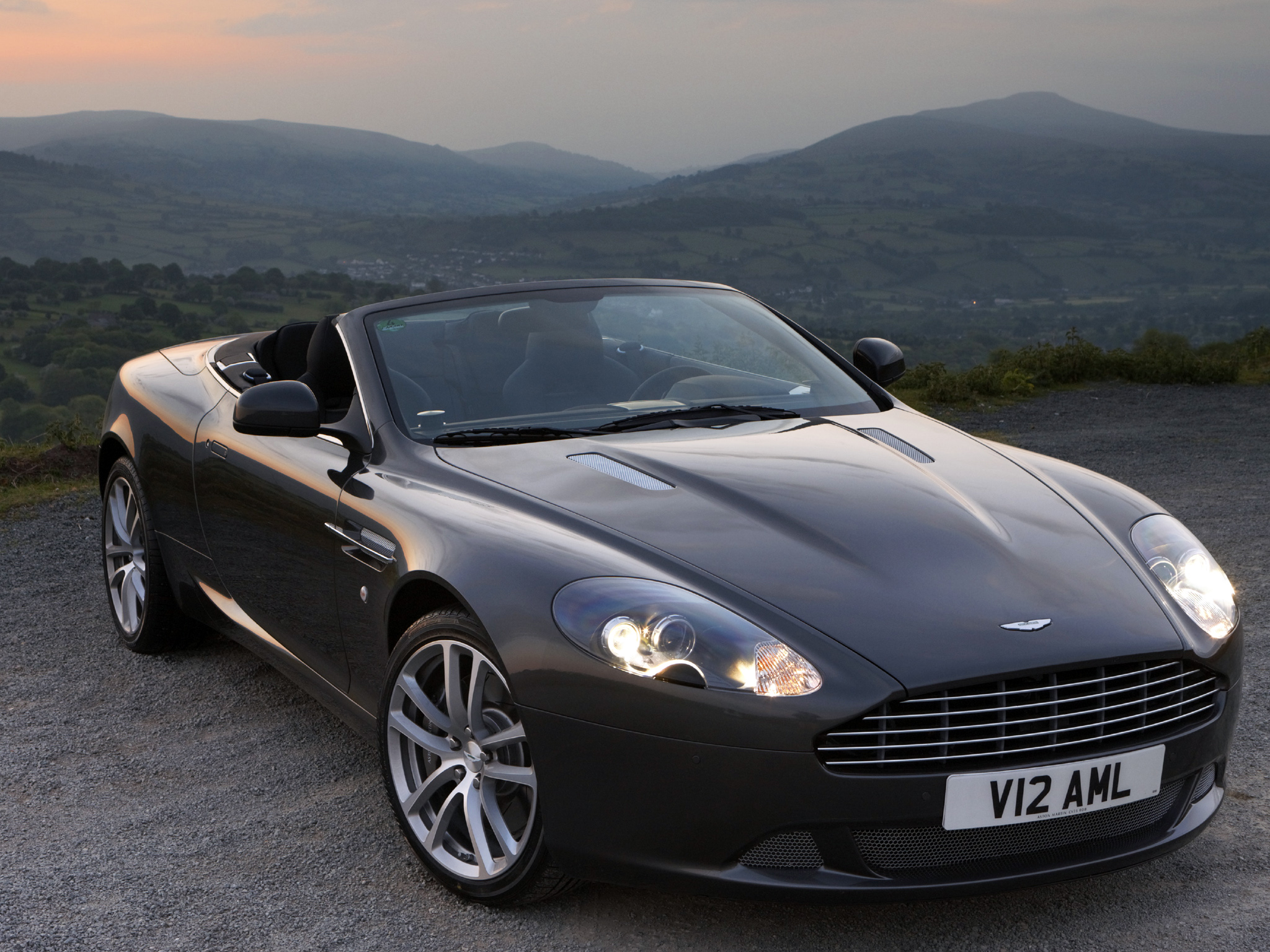 Aston Martin DB9 Volante Free Download Image Of Wallpaper