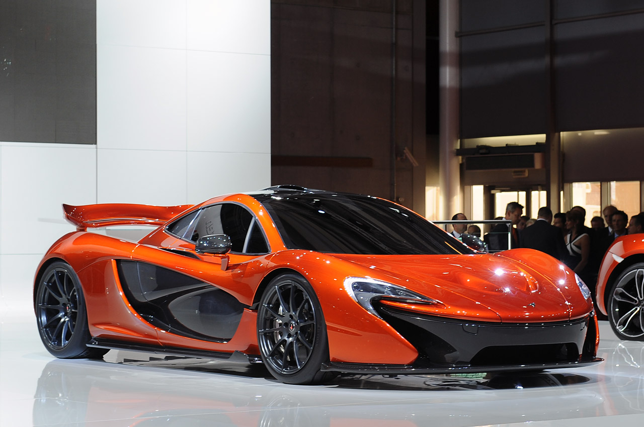 McLaren P1 Paris  slr Wallpapers Desktop Download