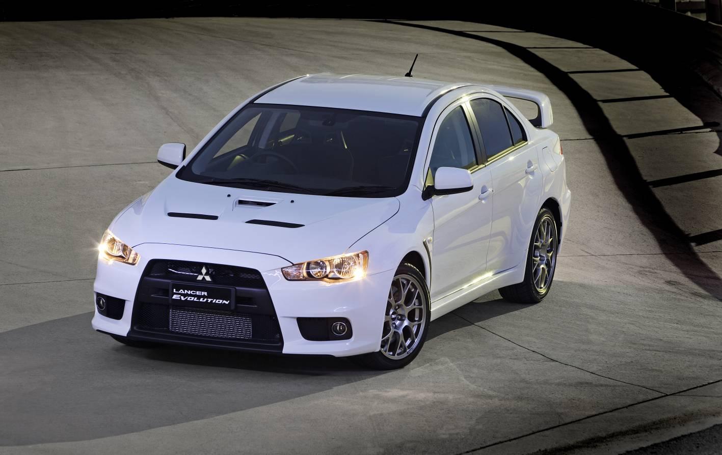 Mitsubishi Lancer evolution Going Smaller Pictures Desktop Backgrounds