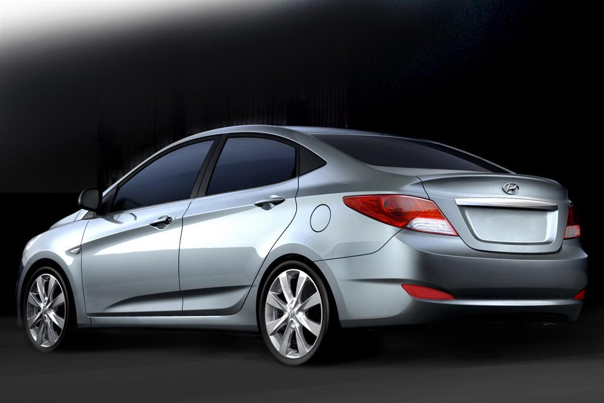 Continuing Hyundais accent Fluidic Sculpture design language Desktop Backgrounds