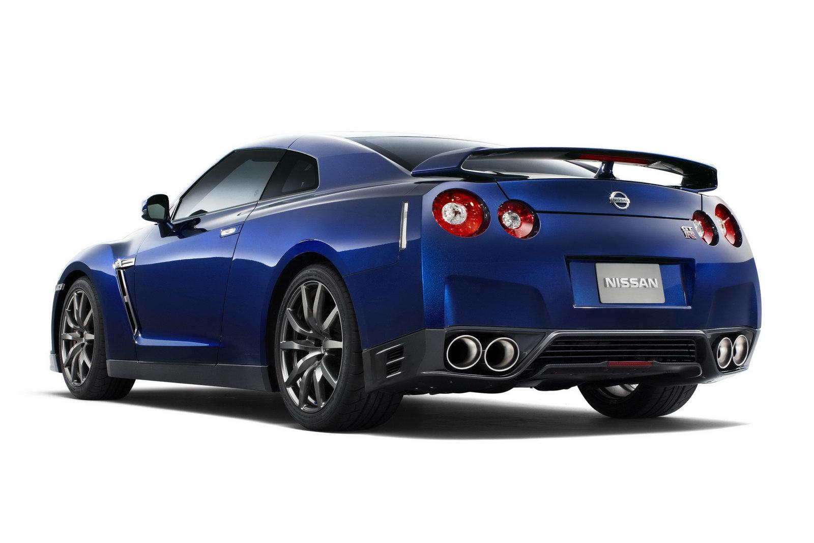 Wallpaper Download 2012 Nissan GT-R